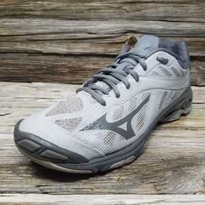 Mizuno Wave Lightning Z4 Grey Volleyball Sneakers